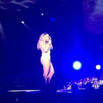mariah-carey-a-laccor-hotels-arena-a-paris-le-21-avril-2016-pour-son-sweet-sweet-fantasy-tour